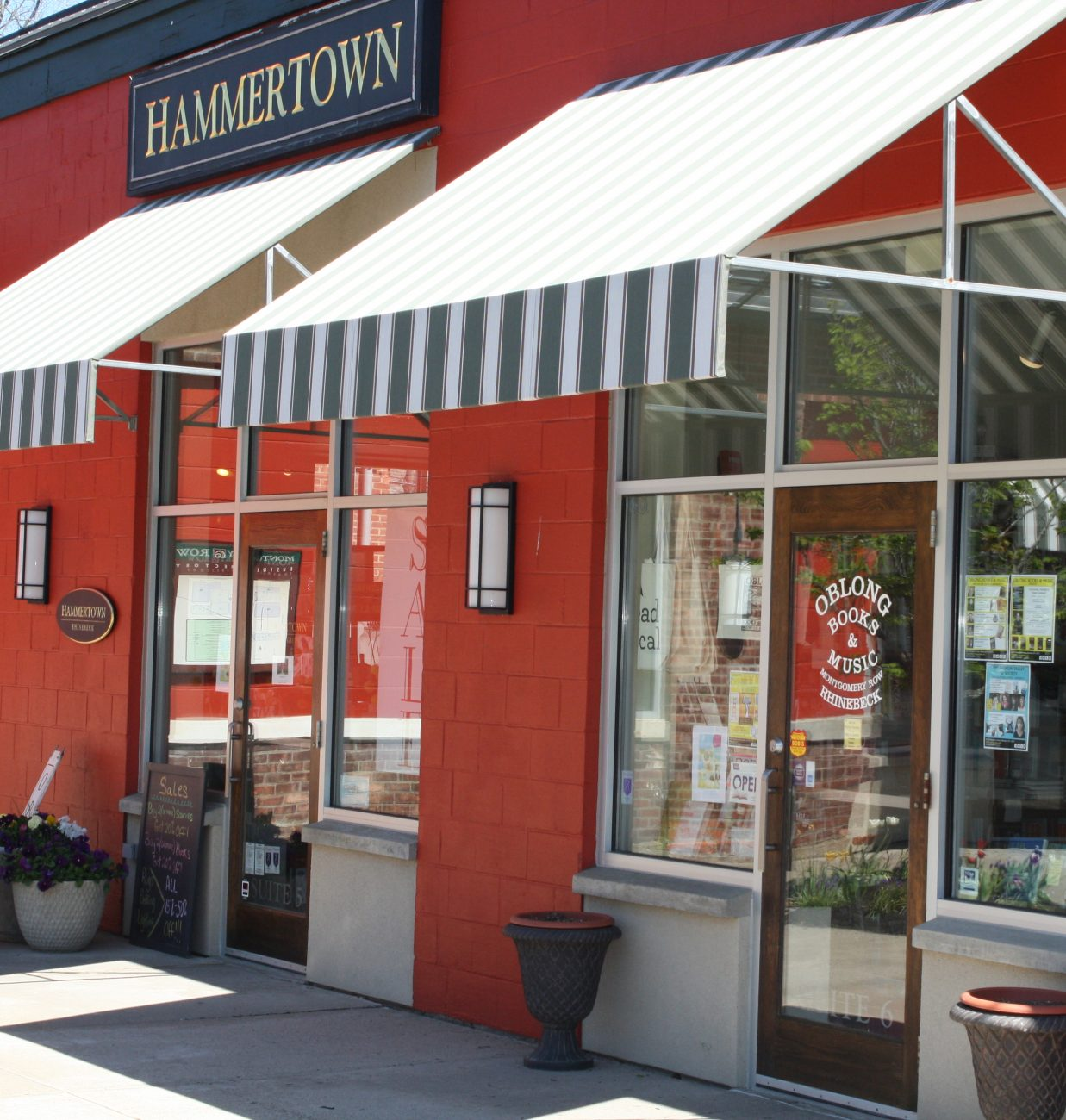 Hammertow and Oblong Books